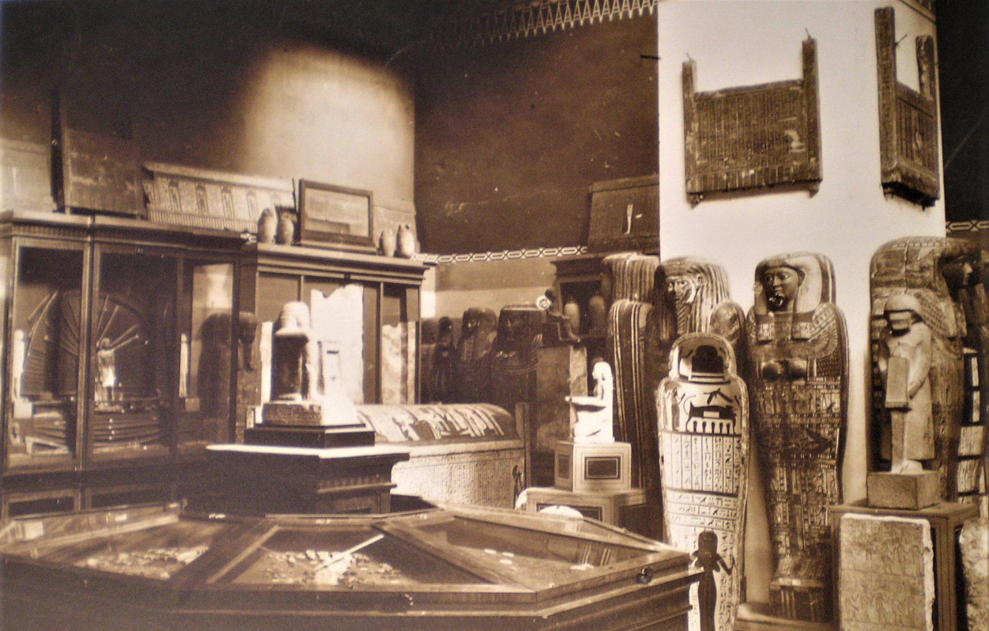 Histoire de l'égyptologie en formation